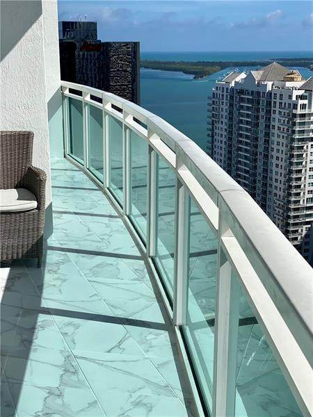 951 Brickell Ave #3611, Miami, FL 33131 (#F10250862) :: Baron Real Estate
