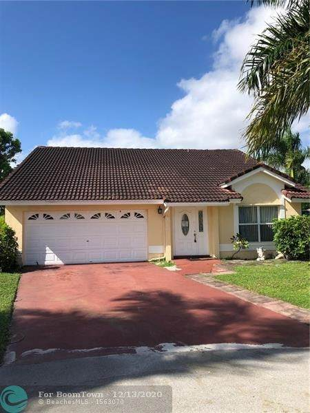 21281 Millbrook Ct, Boca Raton, FL 33498 (MLS #F10256763) :: Castelli Real Estate Services
