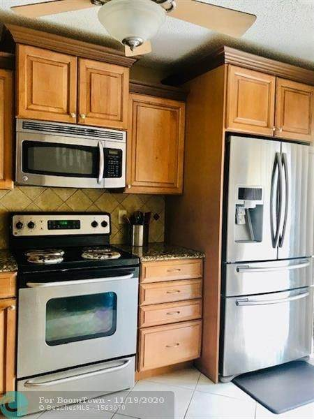 3731 N Carambola Cir N, Coconut Creek, FL 33066 (MLS #F10258777) :: Castelli Real Estate Services