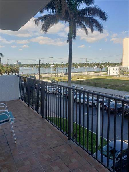 1201 S Ocean Dr 308N, Hollywood, FL 33019 (#F10266211) :: Baron Real Estate