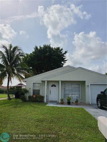 8290 Butterfield Ln, Boca Raton, FL 33433 (#F10304129) :: Ryan Jennings Group