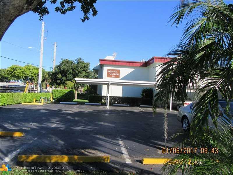860 SE 6th Ave #205, Deerfield Beach, FL 33441 (MLS #F10006145) :: United Realty Group