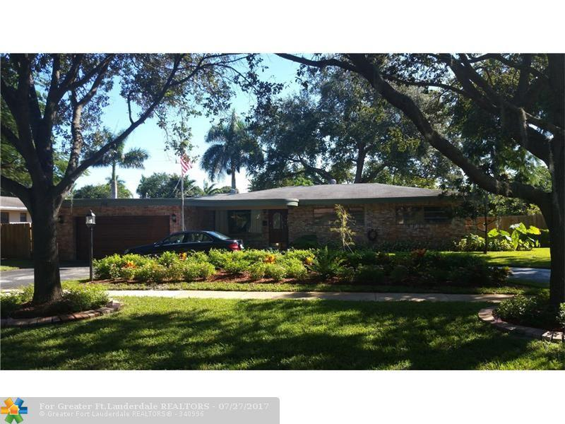 152 SW 59 AVE, Plantation, FL 33317 (MLS #F10036503) :: United Realty Group