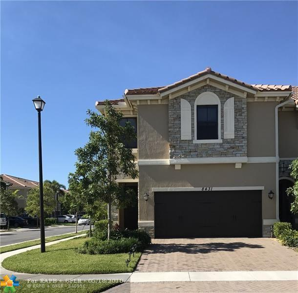 8431 Lake Majesty Lane #8431, Parkland, FL 33076 (MLS #F10114416) :: Green Realty Properties