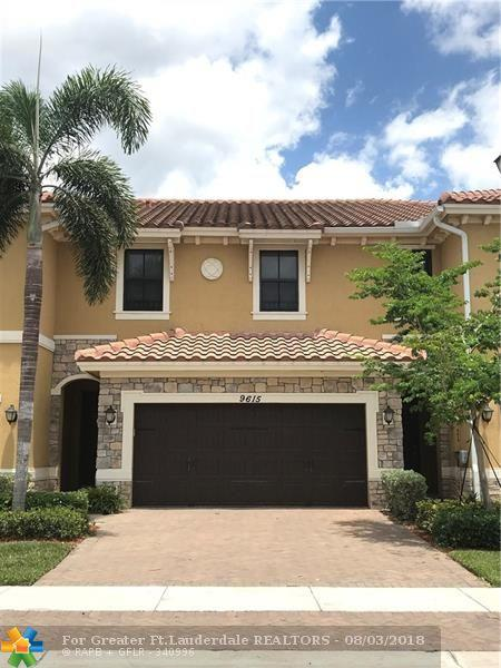 9615 Watercrest Isle #9615, Parkland, FL 33076 (MLS #F10123841) :: Green Realty Properties