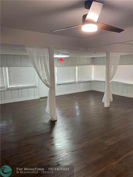 3235 N Dixie Hwy, Oakland Park, FL 33334 (MLS #F10271880) :: Green Realty Properties