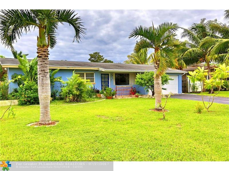 624 NW 30th Ct, Wilton Manors, FL 33311 (MLS #F10033164) :: United Realty Group