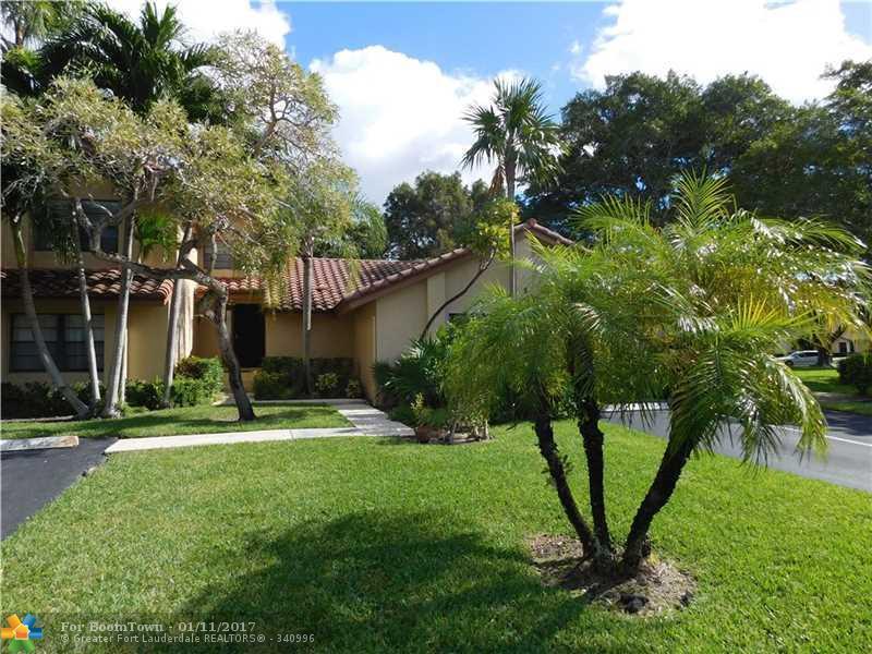 3111 Lake Shore Dr #3111, Deerfield Beach, FL 33442 (MLS #F10033684) :: United Realty Group