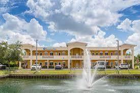4100 Davie Blvd, Davie, FL 33317 (MLS #F10233601) :: Berkshire Hathaway HomeServices EWM Realty