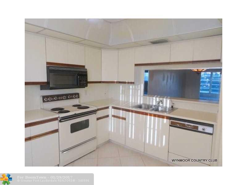 3306 Aruba Wy K-3, Coconut Creek, FL 33066 (MLS #F10032965) :: United Realty Group