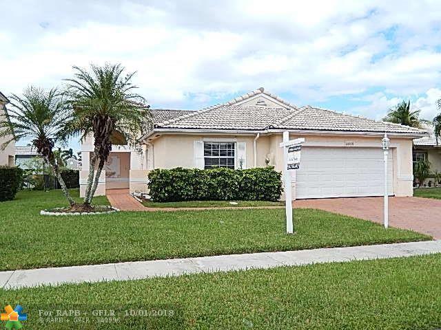 18825 NW 1st St, Pembroke Pines, FL 33029 (MLS #F10140689) :: Green Realty Properties