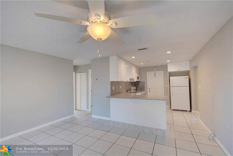 2521 8th Ave - Photo 1