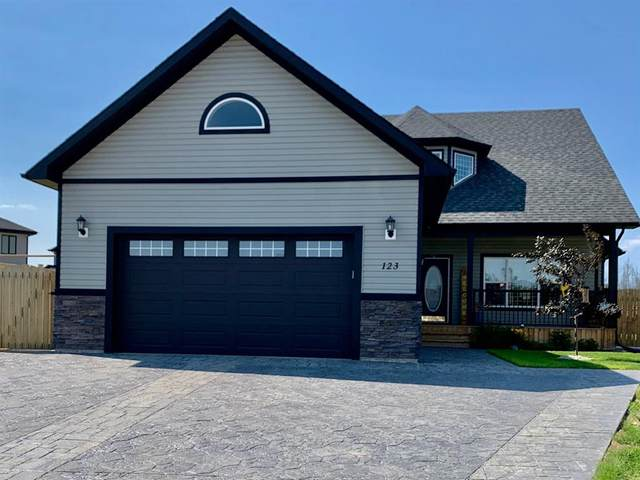 123 Wolff Bay, Fort McMurray, AB T9H 5G9 (MLS #A1019793) :: Weir Bauld and Associates