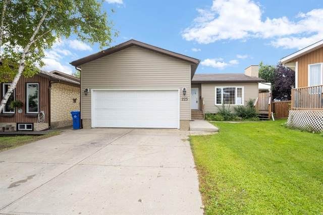 225 Gladstone Bay, Fort McMurray, AB T9K 1S3 (MLS #A1032861) :: Weir Bauld and Associates