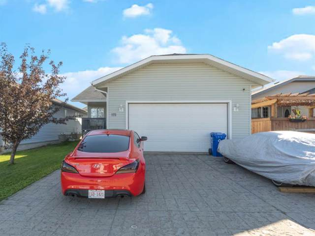 173 Swanson Crescent, Fort McMurray, AB T9K 2V9 (MLS #A1062439) :: Weir Bauld and Associates