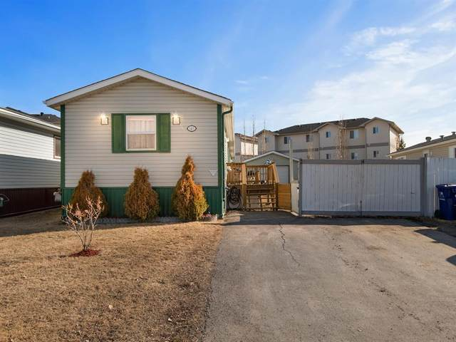 145 Mckinlay Crescent, Fort McMurray, AB T9K 2M6 (MLS #A1097256) :: Weir Bauld and Associates
