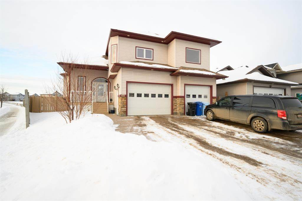 431 Fireweed Crescent - Photo 1