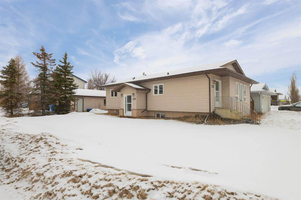 228 Bacon Place - Photo 1