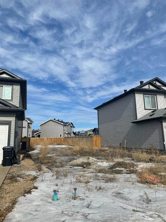 123 Athabasca Crescent, Fort McMurray, AB T9J 1C2 (MLS #A1083401) :: Weir Bauld and Associates