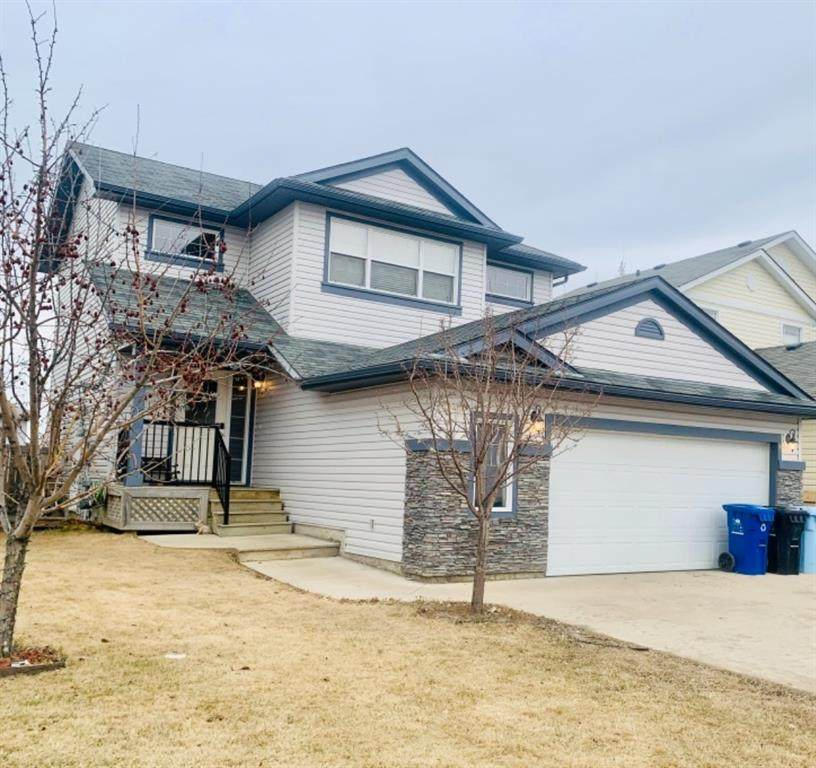 384 Fireweed Crescent - Photo 1