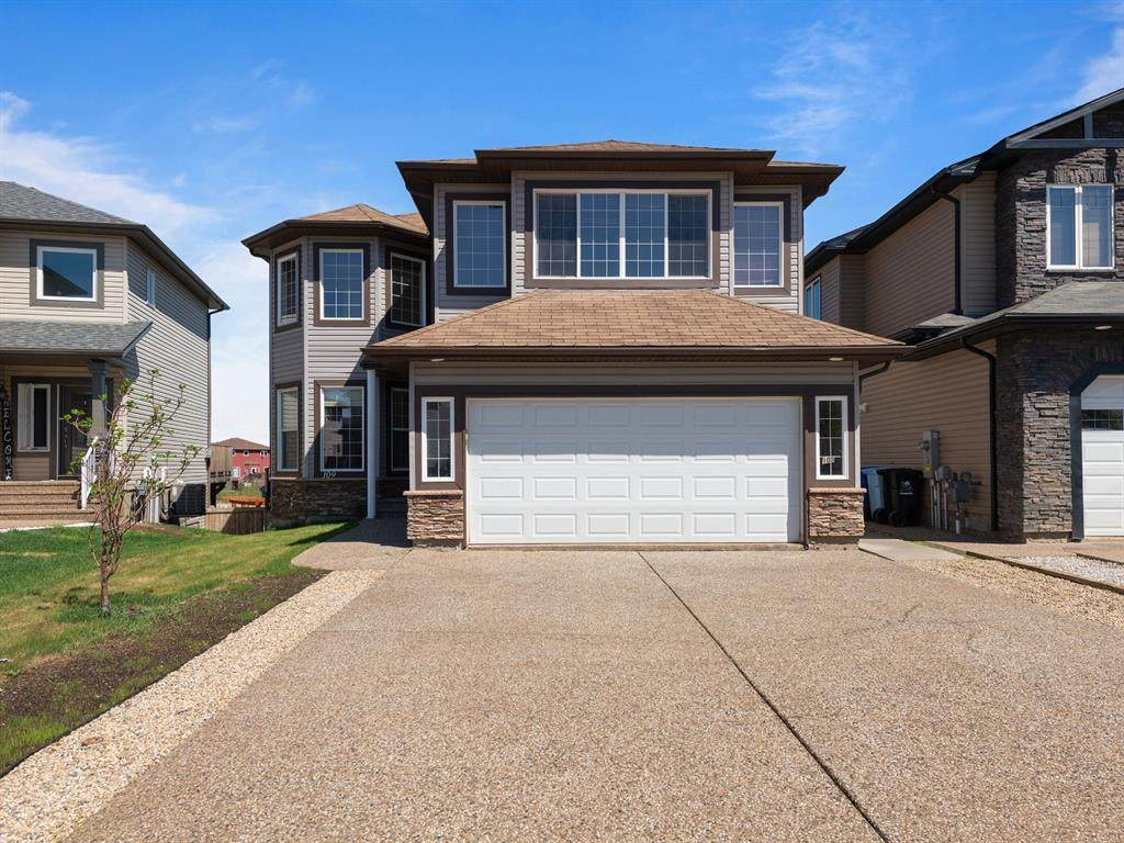 109 Fireweed Crescent - Photo 1