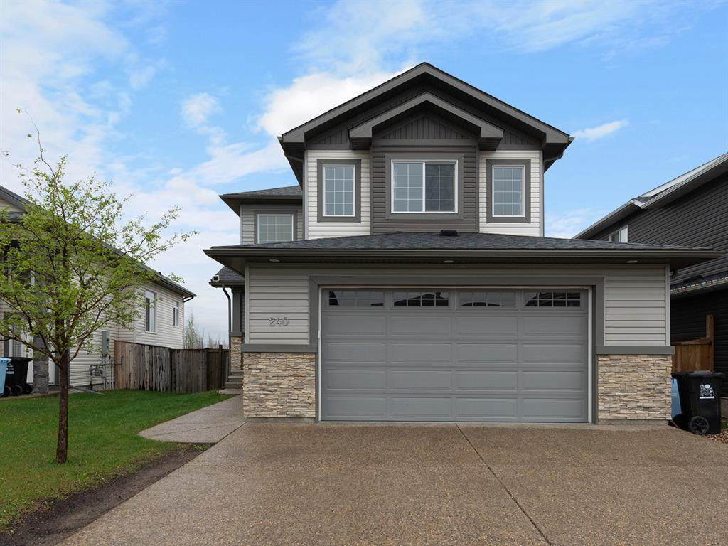 240 Fireweed Crescent - Photo 1