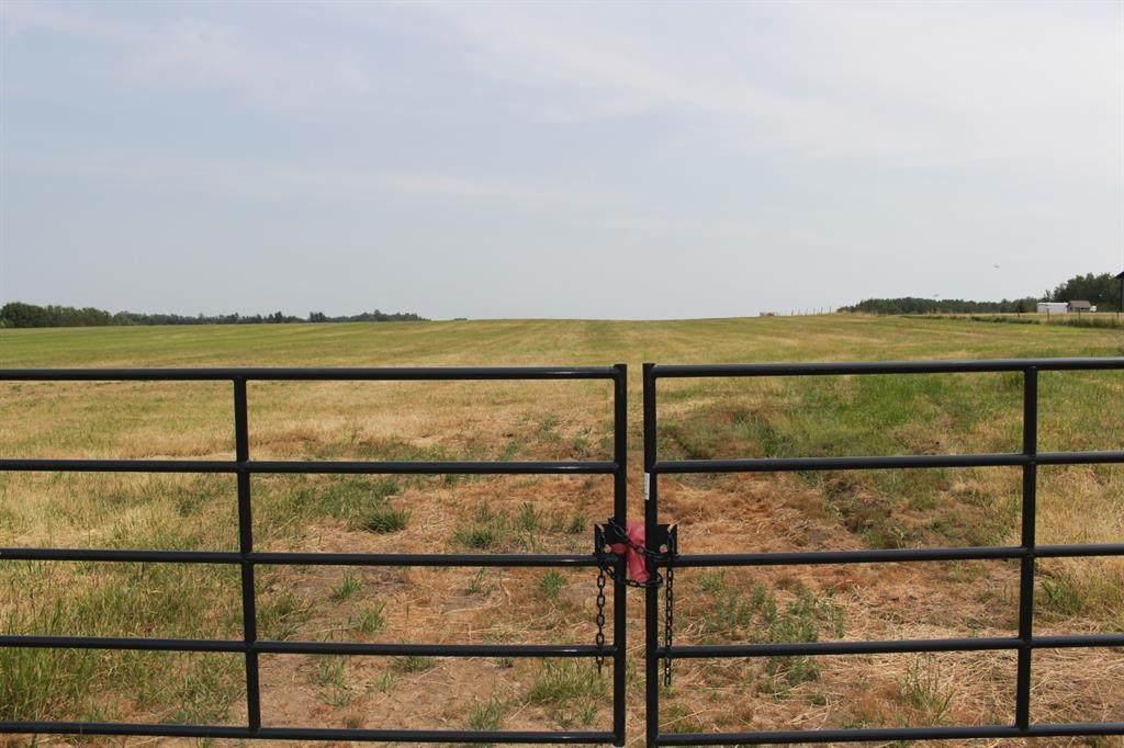 Range Road 182 Plan 1025532 Blk 1 Lot 3 - Photo 1