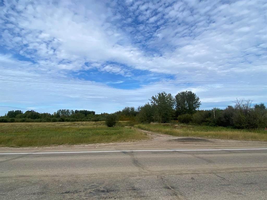 SW 11-86-8-4 Highway 881 - Photo 1