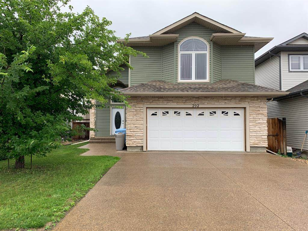 292 Fireweed Crescent - Photo 1
