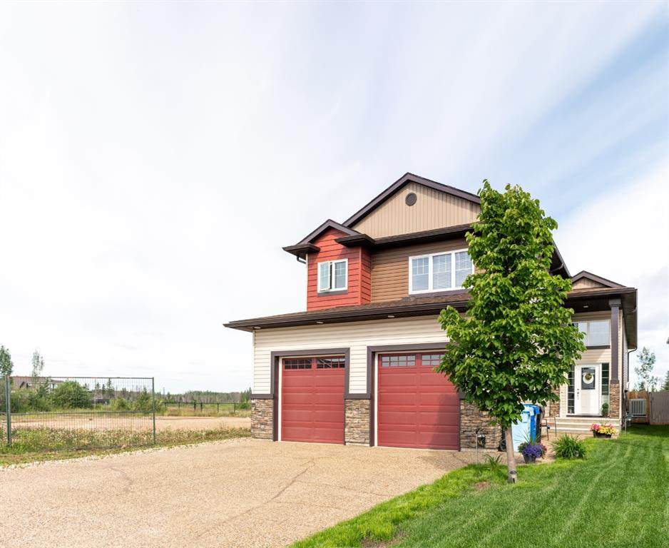212 Fireweed Crescent - Photo 1