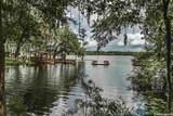 996 Scenic Lake Drive - Photo 16