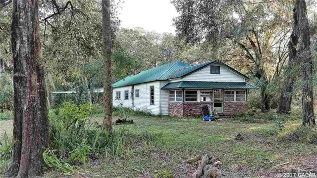 141 E Strickland Road, Interlachen, FL 32148 (MLS #409089) :: Bosshardt Realty