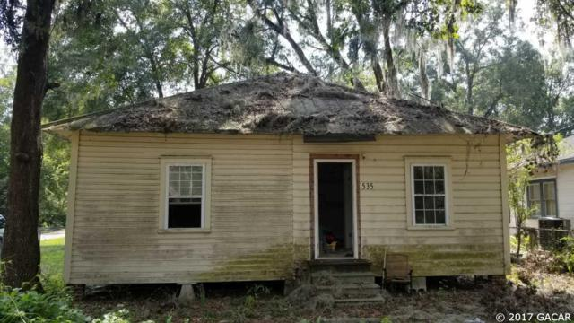 535 NW 9th Street ., High Springs, FL 32643 (MLS #409257) :: Pepine Realty