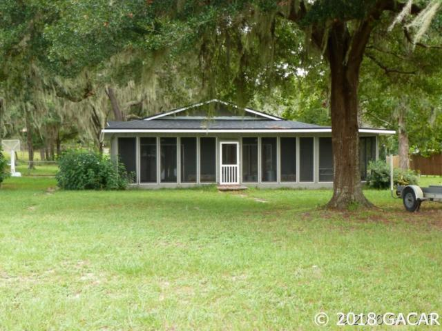 1068 County Rd 20A, Hawthorne, FL 32640 (MLS #415997) :: OurTown Group