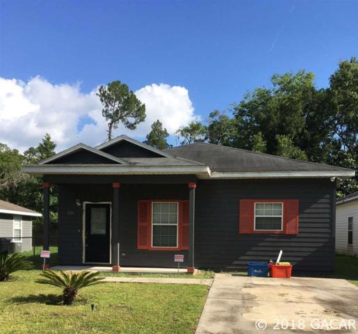 2131 NE 3rd Place, Gainesville, FL 32641 (MLS #417445) :: Bosshardt Realty
