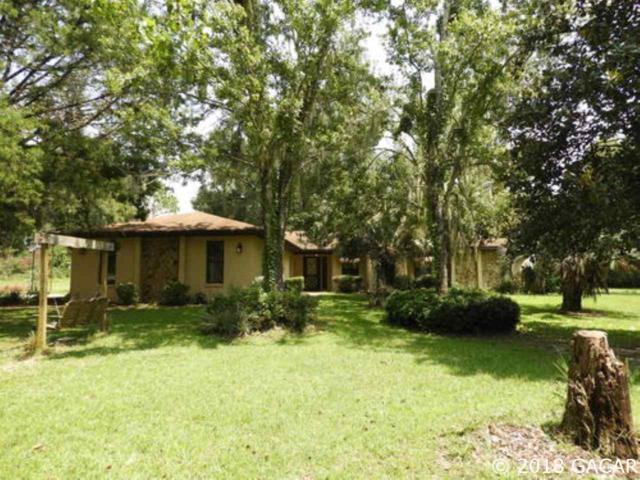 176 Ashley Lake Dr, Melrose, FL 32666 (MLS #418196) :: Bosshardt Realty