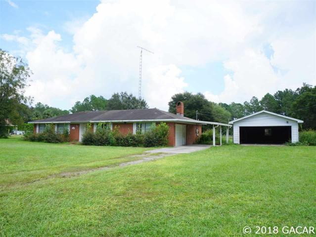 543 SW Walter Avenue, Lake City, FL 32024 (MLS #418719) :: Bosshardt Realty