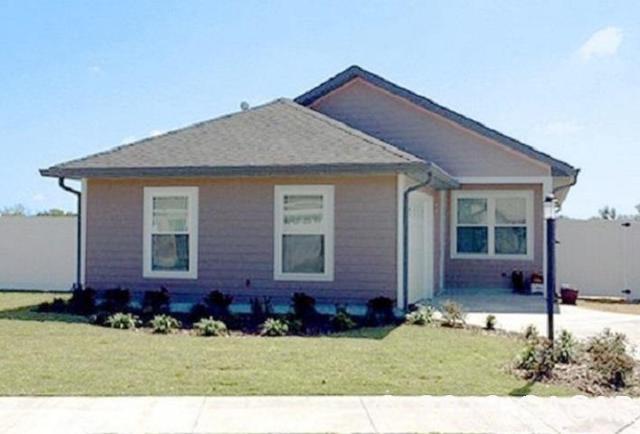 1840 SW 246th Drive, Newberry, FL 32669 (MLS #419861) :: Bosshardt Realty