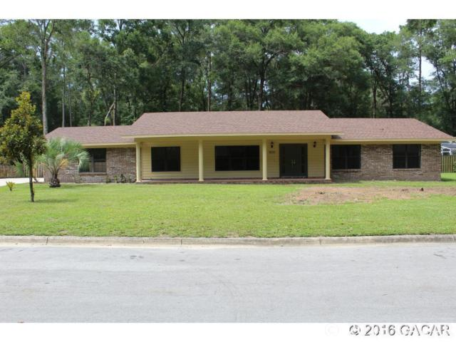 8520 SW 7th Place, Gainesville, FL 32607 (MLS #419906) :: Bosshardt Realty
