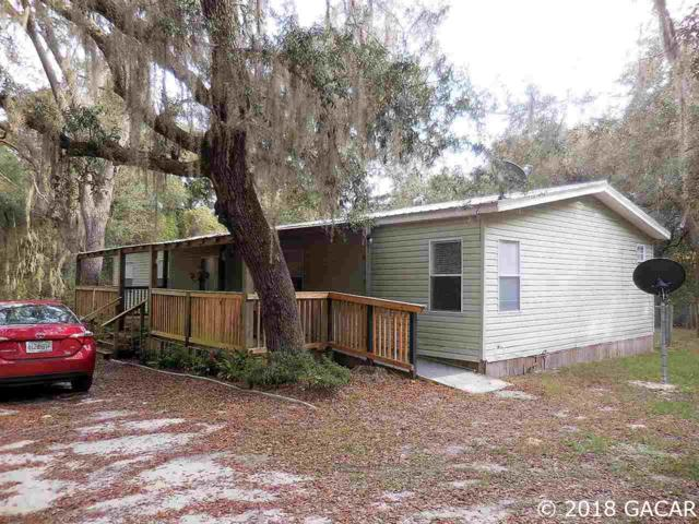 92 Twin Lakes Road, Hawthorne, FL 32640 (MLS #420458) :: Bosshardt Realty