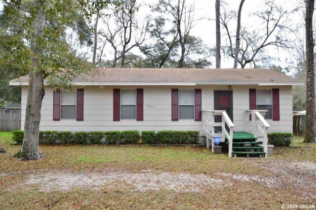 2111 SE 44th Terrace, Gainesville, FL 32641 (MLS #422318) :: Bosshardt Realty