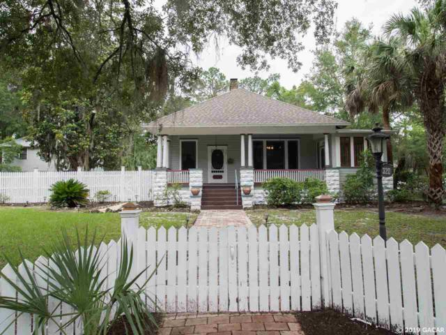 320 NE 7th Street, Gainesville, FL 32601 (MLS #422932) :: Pristine Properties