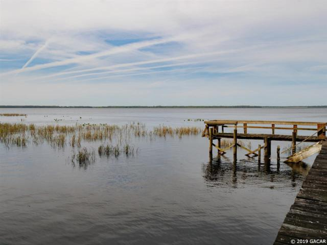 14116 201st Terrace, Hawthorne, FL 32640 (MLS #423304) :: Bosshardt Realty