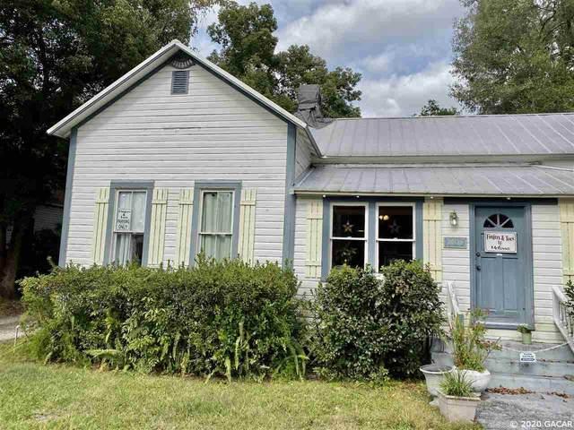 20729 Walnut Street, Dunnellon, FL 34431 (MLS #433437) :: Rabell Realty Group