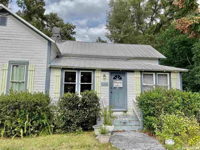 20729 Walnut Street, Dunnellon, FL 34431 (MLS #433480) :: Bosshardt Realty