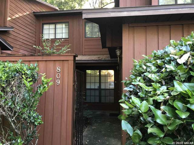 809 SW 55 Terrace, Gainesville, FL 32607 (MLS #435913) :: The Curlings Group