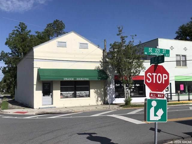 6880 SE 221st Street, Hawthorne, FL 32640 (MLS #437555) :: Abraham Agape Group