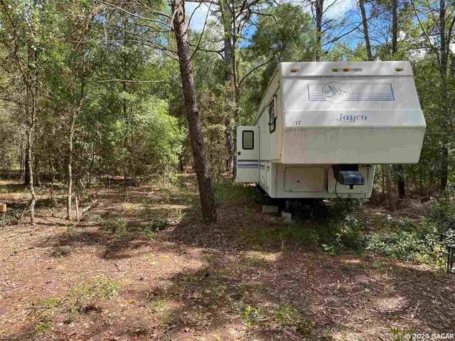 124 Slipper Way, Hawthorne, FL 32640 (MLS #437558) :: Rabell Realty Group