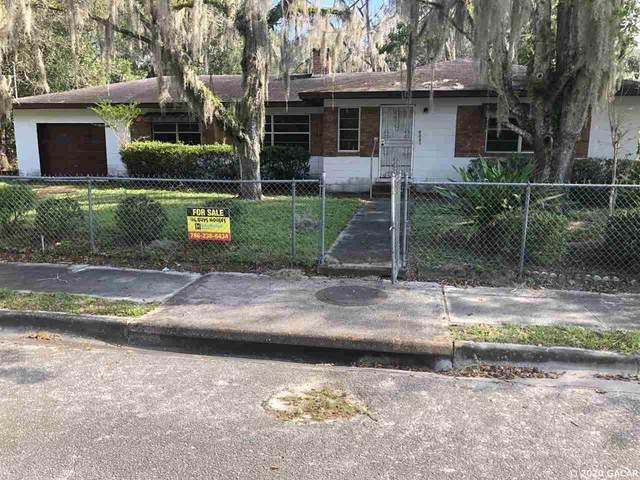 6533 SE 215TH Street, Hawthorne, FL 32640 (MLS #439864) :: The Curlings Group