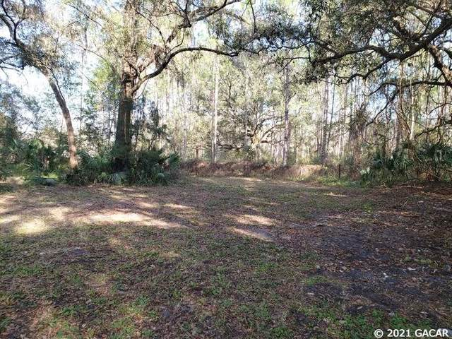 21813 S County Road 325, Hawthorne, FL 32640 (MLS #441067) :: The Curlings Group
